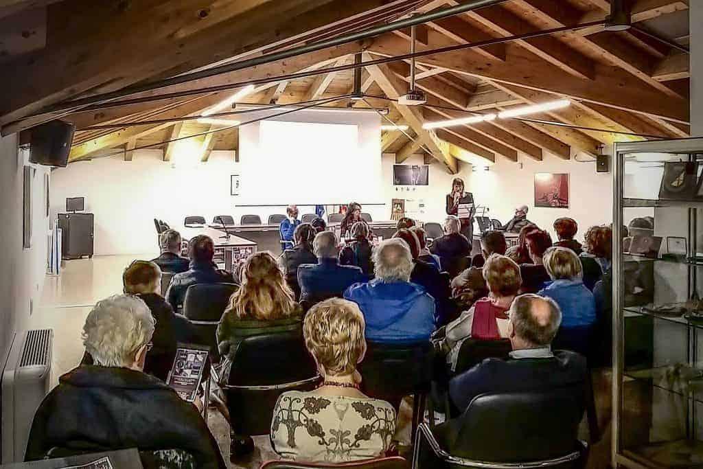 serata di presentazione del romanzo nella Sala Consiliare di Valli del Pasubio